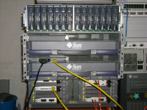 Sun Fire 3800 und StorEdge 6210 Array
