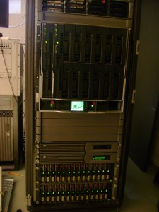 HP c-Class BladeSystem + HP EVA 5000 - Lot's of blinking lights!