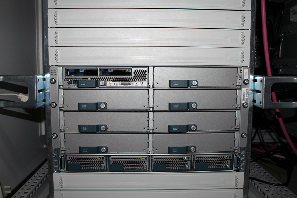 Cisco UCS 5108 Chassis